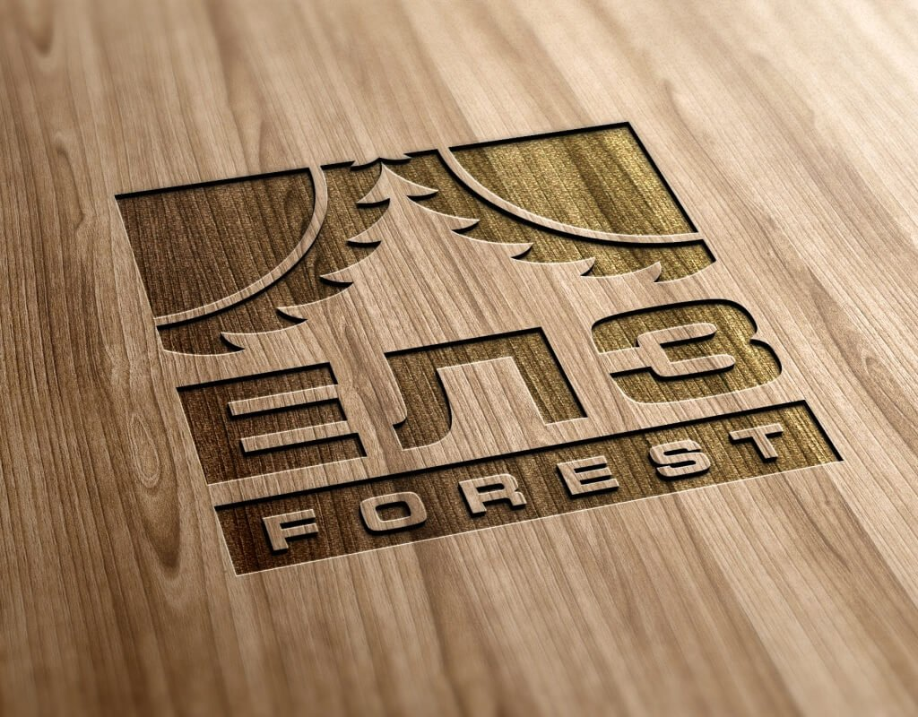 Логотип ЕЛЗ Forest на дереве