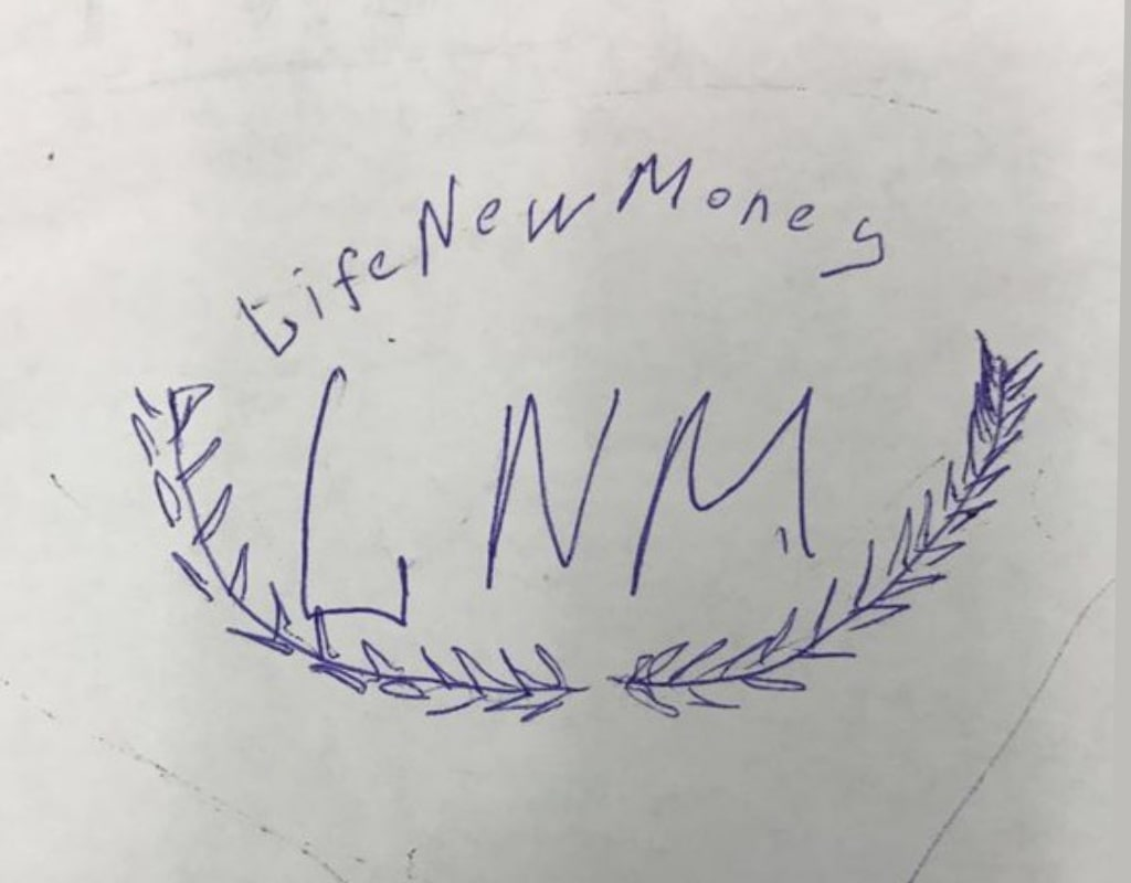 LNM LifeNewMoney логотип эскиз